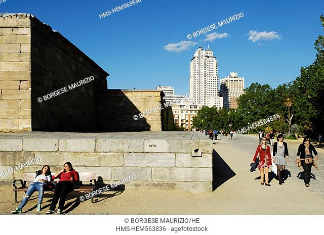 Spain, Madrid, Debod Temple dedicated to egyptian God Amon and transported in 1972 in the West Park, in the background Torre Madrid and Espaa Building