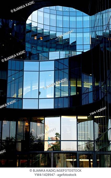7 More London Riverside building, PriceWaterhouseCoopers offices, pwc, London, UK