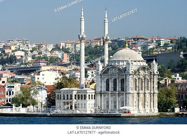View of the Ortakoy mosque from the Bosphorus with the Bosphorus Bridge and buildings behind, commissioned by Sultan Abdulmecit and designed and built by...