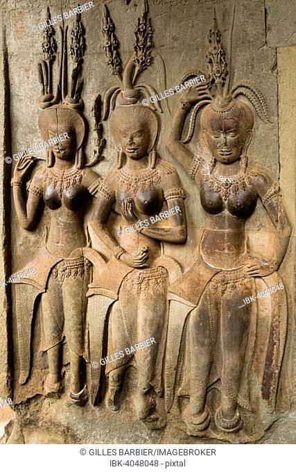 Dancers, sculptural relief, Angkor Wat, Siem Reap, Cambodia