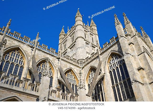 The Abbey Church of Saint Peter and Saint Paul. Bath Abbey, from Abbey Churchyard. Bath. Somerset. England. UK