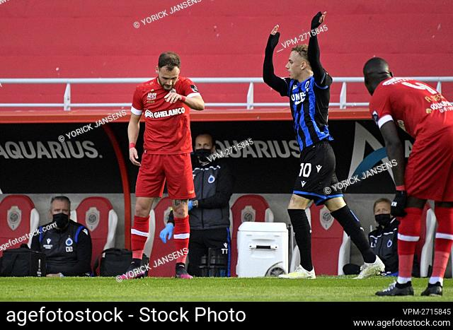 Antwerp's Birger Verstraete and Club's Noa Lang pictured during a soccer match between Royal Antwerp FC and Club Brugge, Thursday 13 May 2021 in Antwerp