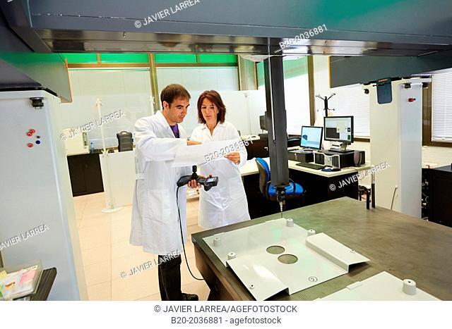 CMM Coord. Coordinate Measuring Machine. Service dimensional measuring machine. Innovative Metrology applied. Sariki Metrology. Elgoibar. Gipuzkoa