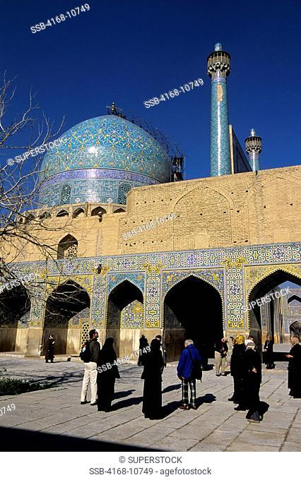 Iran, Esfahan, Eman Khomeni Square, Imam Masjed-E Emam Mosque, Tourists