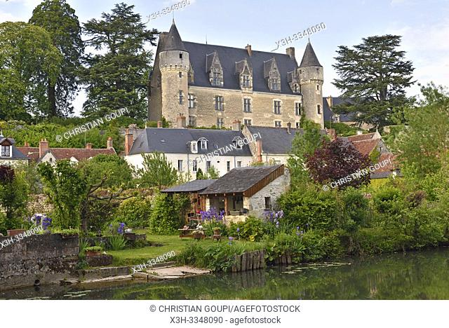 Chateau of Montresor over looking the Indrois River, tributary of the Indre River, Touraine, department of Indre-et-Loire, Centre-Val de Loire region, France