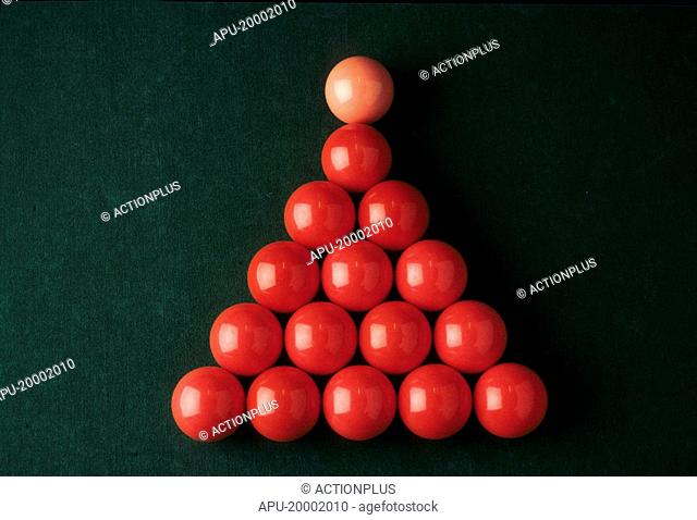 Red snooker balls in formation