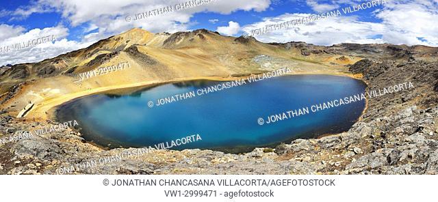 Blue lagoon in Ayacucho. Perú