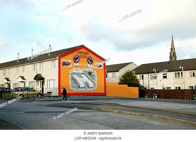 Northern Ireland, Belfast, Boundary Walk, A political mural on the side of a building in Boundary Walk
