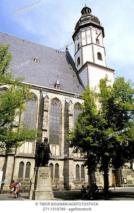 Germany, Saxony, Leipzig, St Thomas's Church, Bach statue