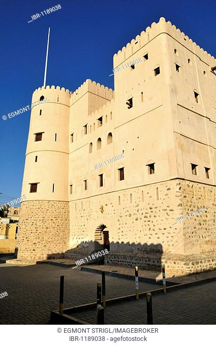 Historic adobe fortification Fazah Fort or Castle, Fizm, Batinah Region, Sultanate of Oman, Arabia, Middle East