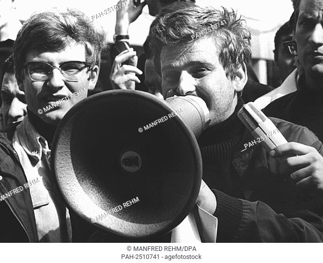 Student leader Daniel Cohn-Bendit (r) and Karl Dietrich Wolff (l) speak to the students of Frankfurt University on the 24th of May in 1968 during the strike...