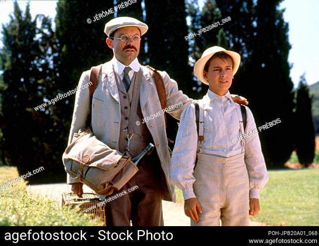 La Gloire de mon père Year : 1990 France Director : Yves Robert Philippe Caubère, Julien Ciamaca Productions de Guéville/Gaumont Photo: Jérôme Prébois