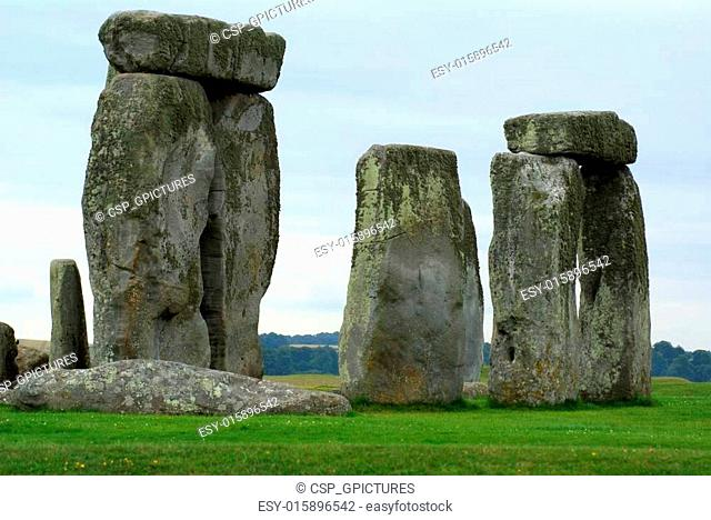 Stonehenge Arch of Sarsen and Bluestone