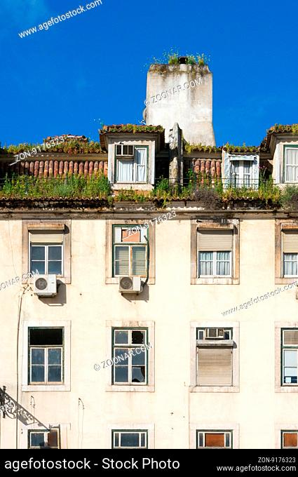 Old buildings in old Lisbon
