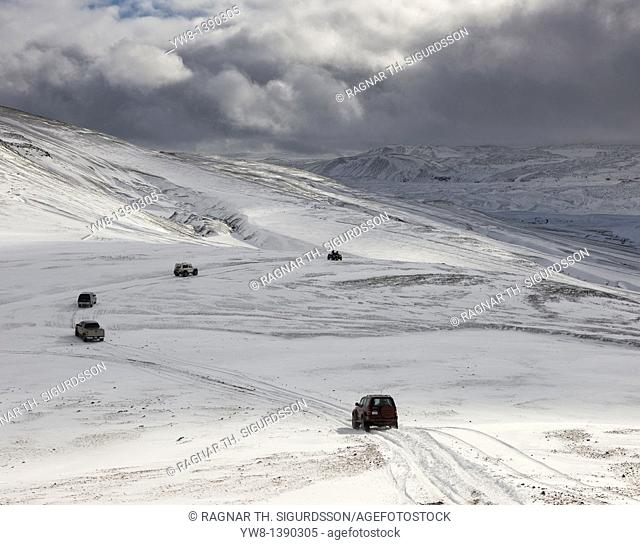 Jeep tour off-roading in the Central Highlands of Iceland