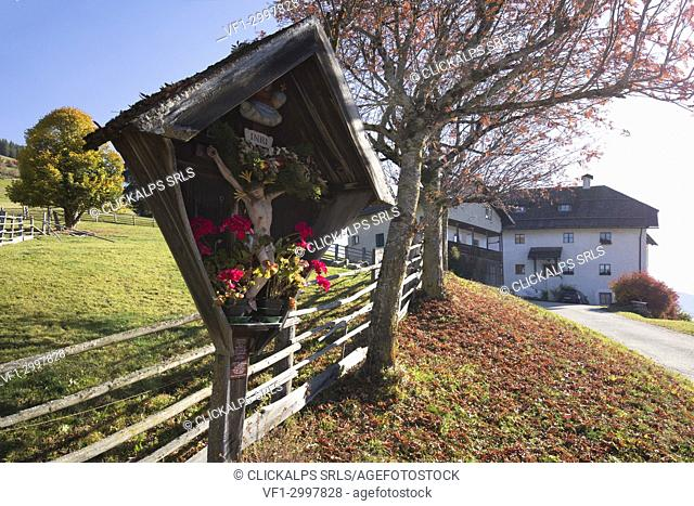 traditional farm of south tyrol, Marebbe / Enneberg, Bolzano, Alto Adige, Südtirol, Italy