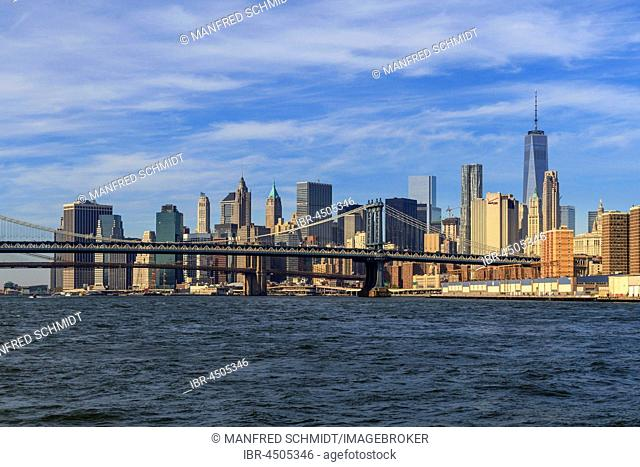 Manhattan Bridge, Skyline with One World Trade Center, East River, Manhattan, New York City, New York, USA