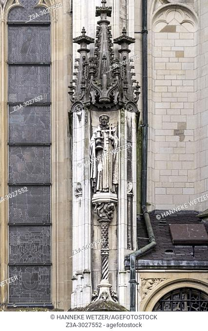 Norbertus statue at the south side of the Cathedral Basilica of St. John the Evangelist, 's-Hertogenbosch, the Netherlands, Europe