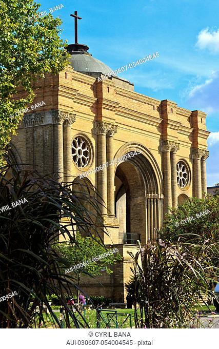 France, Toulouse, Saint Aubin Church, facade, Eglise St-Aubin