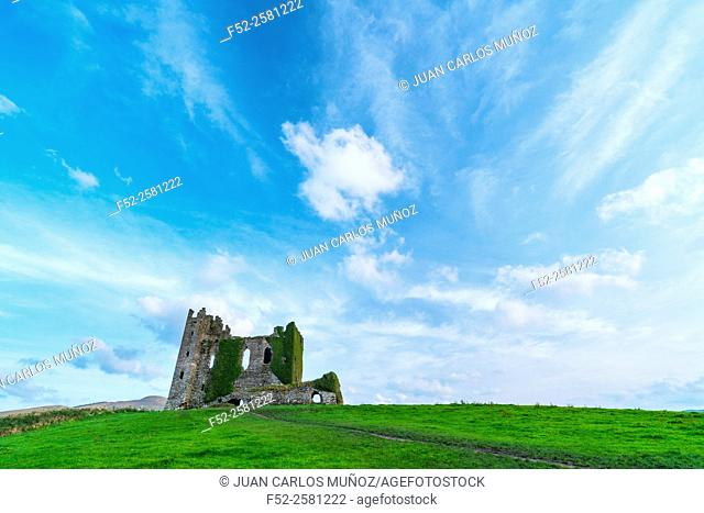 Ballycarbery Castle, Caherciveen, Ring of Kerry, County Kerry, Ireland, Europe