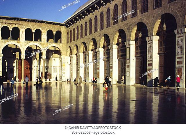 View into the courtyard of the Umayyad Mosque in Damascus, Syria