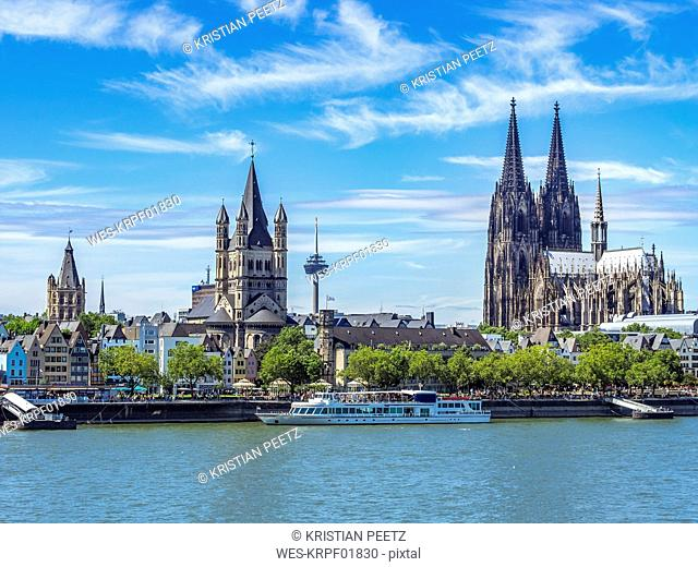 Germany, Cologne, view to the city with Rhine River in the foreground