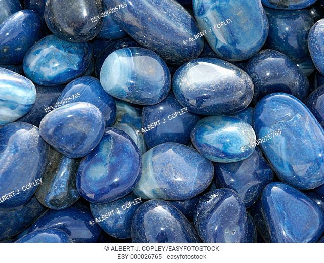 Lapis lazuli tumbled
