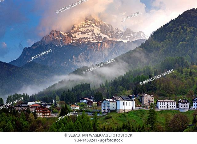 Valle Di Cadore and Monte Antelao in background , Vento, Dolomites, Italy, Europe