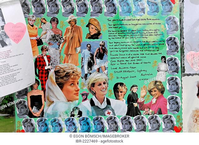 Memorial poster for Princess Diana on the entrance gate of Kensington Palace, London, England, United Kingdom, Europe