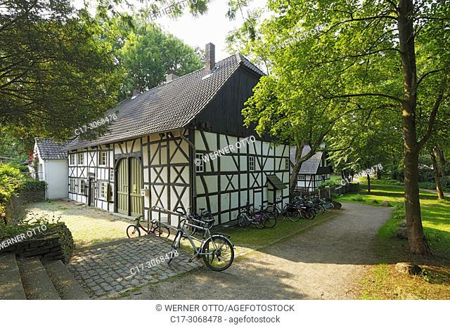 Marl, Alt-Marl, D-Marl, Ruhr area, Westphalia, North Rhine-Westphalia, NRW, D-Marl-Alt-Marl, municipal and local museum with watermill at the Volkspark