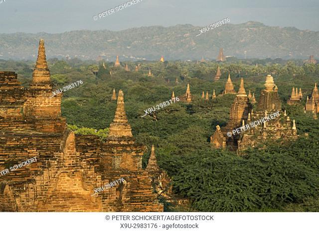 Bagan Plains temples and pagodas, Bagan, Myanmar, Asia
