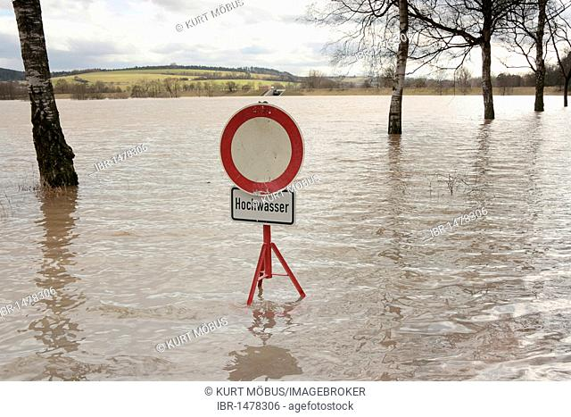 Flood sign, road closed for vehicles in a flooded flood-retention basin, Wohratal, Hesse, Germany, Europe