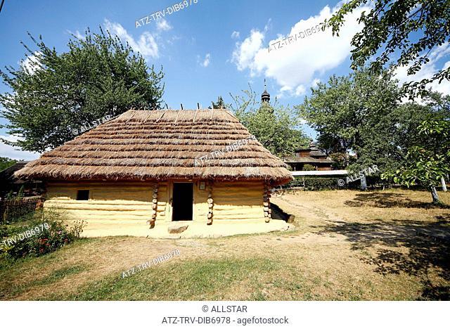 OLD TRADITIONAL RURAL HOUSE; MUSEUM OF LOCAL LORE OF ZAKARPATTIA, UZHGOROD & UKRAINE; 26/08/2007