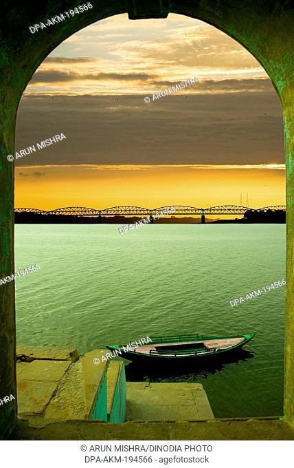 Ganges river, varanasi, uttar pradesh, india, asia