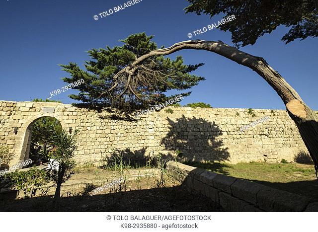 isla del Lazareto, muralla interior, Illa del Llatzeret, interior del puerto de Mahón, Minorca, Balearic Islands, Spain