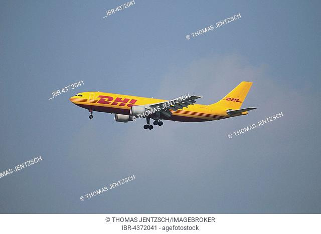 airplane of DHL air freight