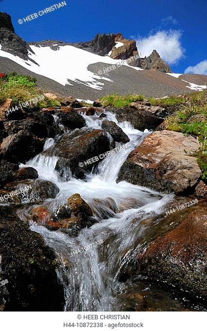 Creek, Broken Top Mountain, Three Sisters Wilderness, nature, Deschutes National Forest, Central Oregon, Bend, Oregon, USA