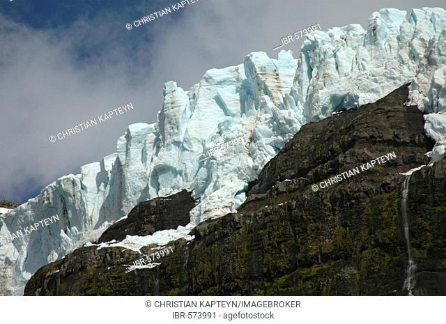 Glaciar Castano Overo, Pampa Linda, Nahuel Huapi National Park, Patagonia, Argentina