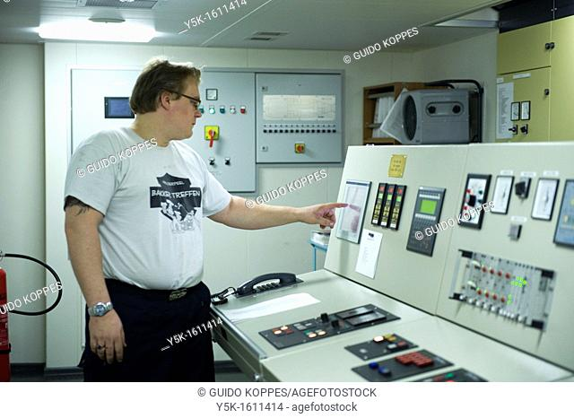 The second engineer of container-vessel MV Flintercape controls the engine-room of the vessel during absence of the first engineer