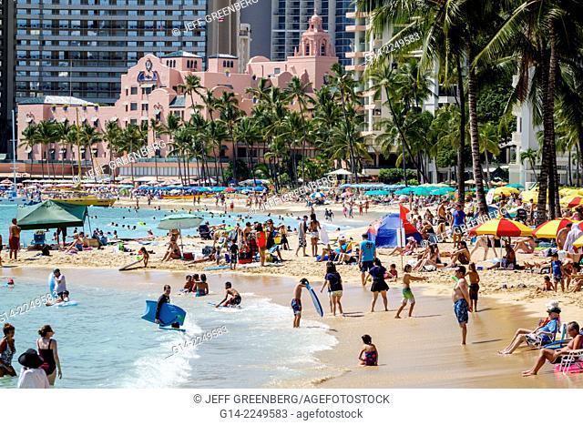 Hawaii, Hawaiian, Honolulu, Waikiki Beach, Pacific Ocean, Kuhio Beach Park, Royal Hawaiian, pink, hotel, waterfront, sunbathers, sand, swimmers, bathers
