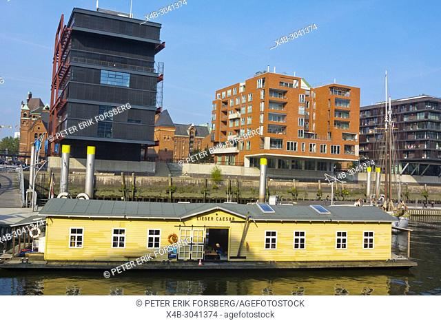 Lieger Caesar, pontoon boat with cafe and restaurant, Sandtorhafen, HafenCity, Hamburg, Germany