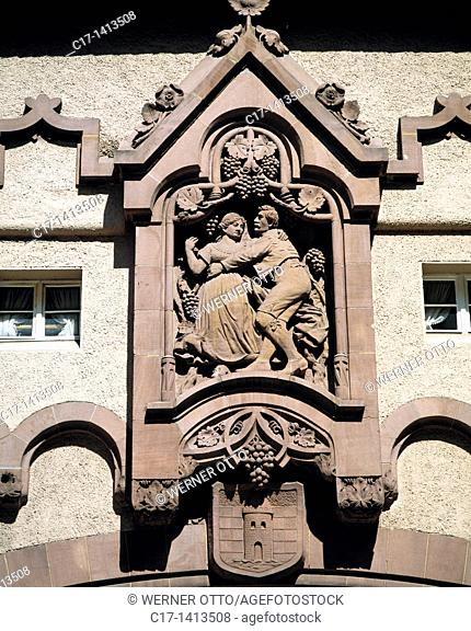 Germany, Traben-Trarbach, Moselle, Moselle valley, Rhineland-Palatinate, Brueckentor by Bruno Moehring, bridge gate of the Moselle bridge, town gate, detail