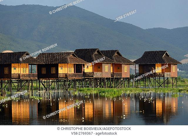 Myanmar, Shan State, Inle Lake, Golden Island Cottages II hotel