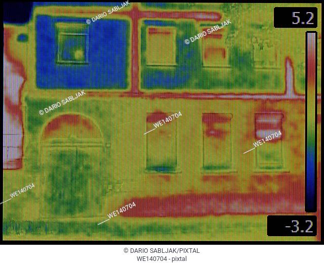 Leaking Facade Thermal Image Screen