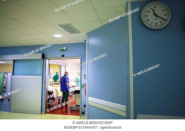 Reportage in the orthopedic surgery service of Léman hospital in Thonon, France. A nurse in the recovery room