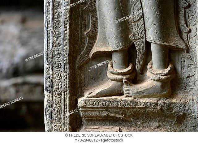 Detail of wall sculpture-Apsara,Angkor Wat temple,Cambodia,Indochina,Southeast Asia,Asia