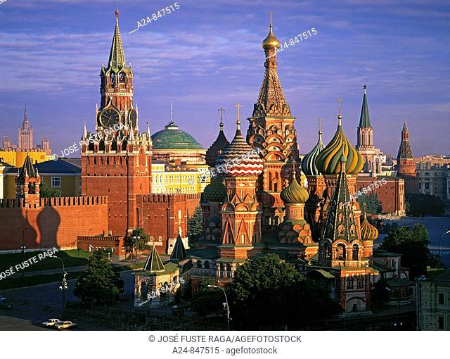 St Basil's cathedral and Kremlin, Red Square, Moscow, Russia (Summer 2008)