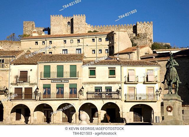 Plaza Mayor Sqaure, Castle and Pizarro Statue, Trujillo, Caceres, Spain