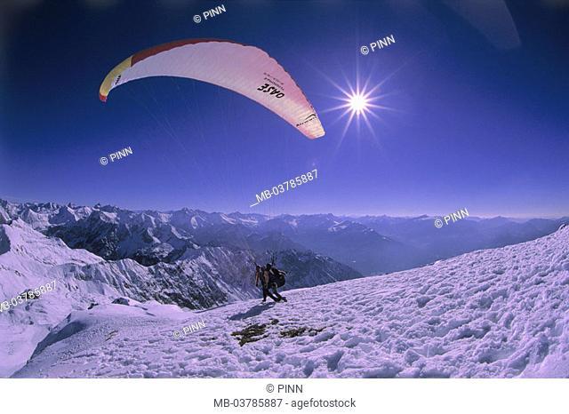 Germany, Bavaria, Oberstdorf, Fog horn, Gleitschirm, tandem jump, Start, attempt, back light Allgaeu, OberAllgaeu, Alps, summits, 2224 m, mountain massif