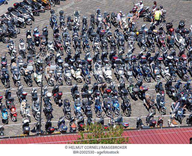 Countless scooters on the parking place of the Marina Grande, Sorrento, Peninsula of Sorrento, Gulf of Naples, Campania, Italy, Europe